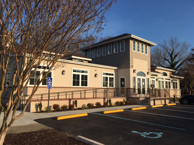 Peninsual Grove Leasing Center - Hampton, VA - QDesign Architecture